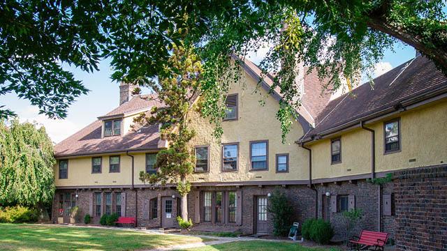 Rutgers University Inn & Conference Center